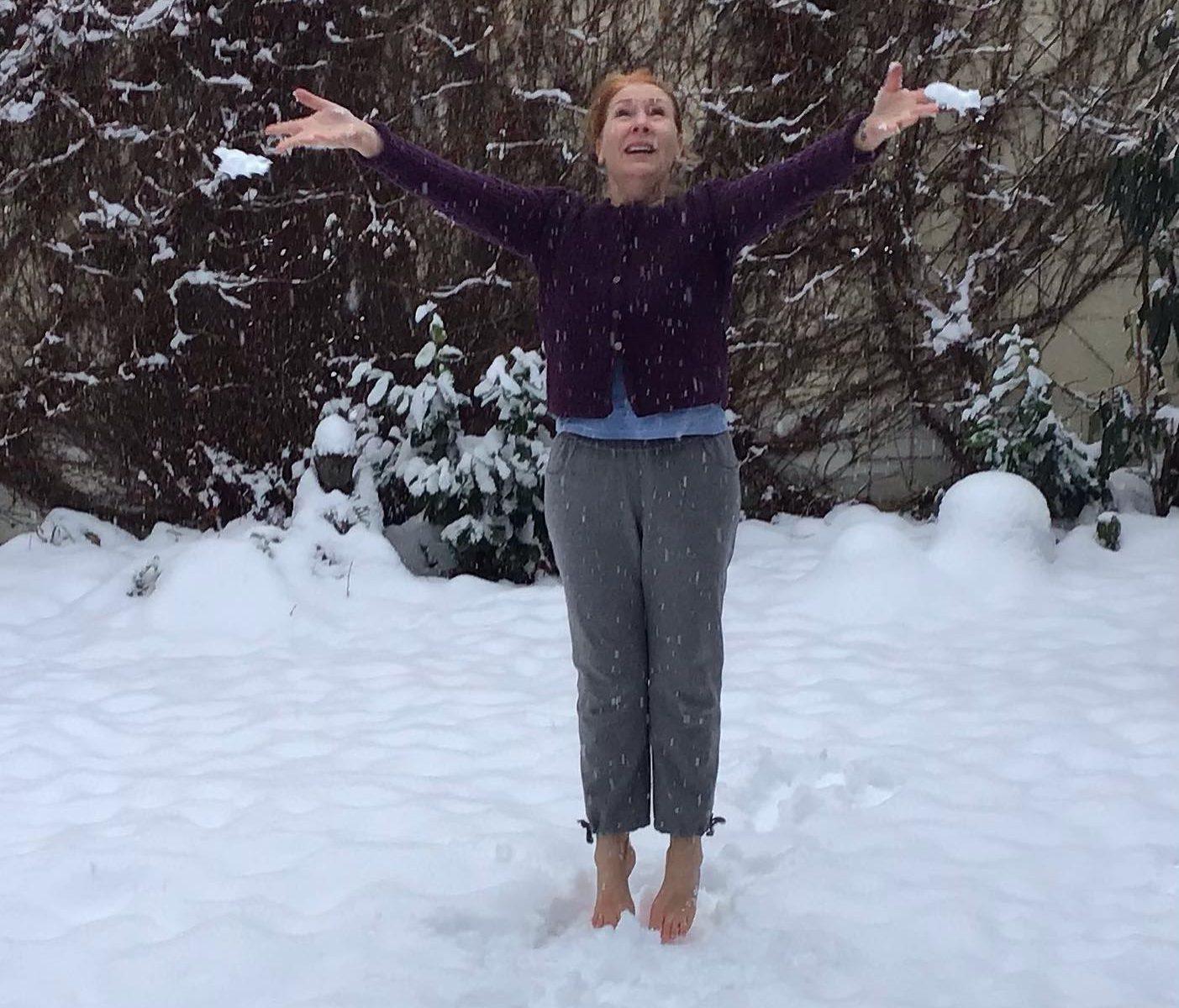Luftsprünge im Schnee